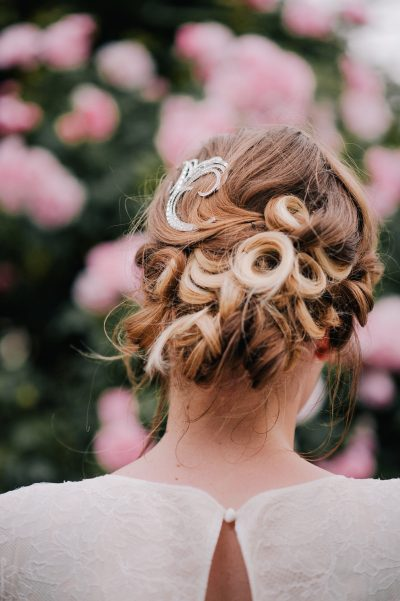 Bridal hair curls and up do