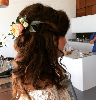 flower wedding hair